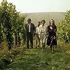 Iva Janzurová, Vladimír Mensík, Jirí Sovák, and Bozidara Turzonovová in Mladé víno (1986)