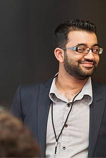 Ali Naqvi Picture