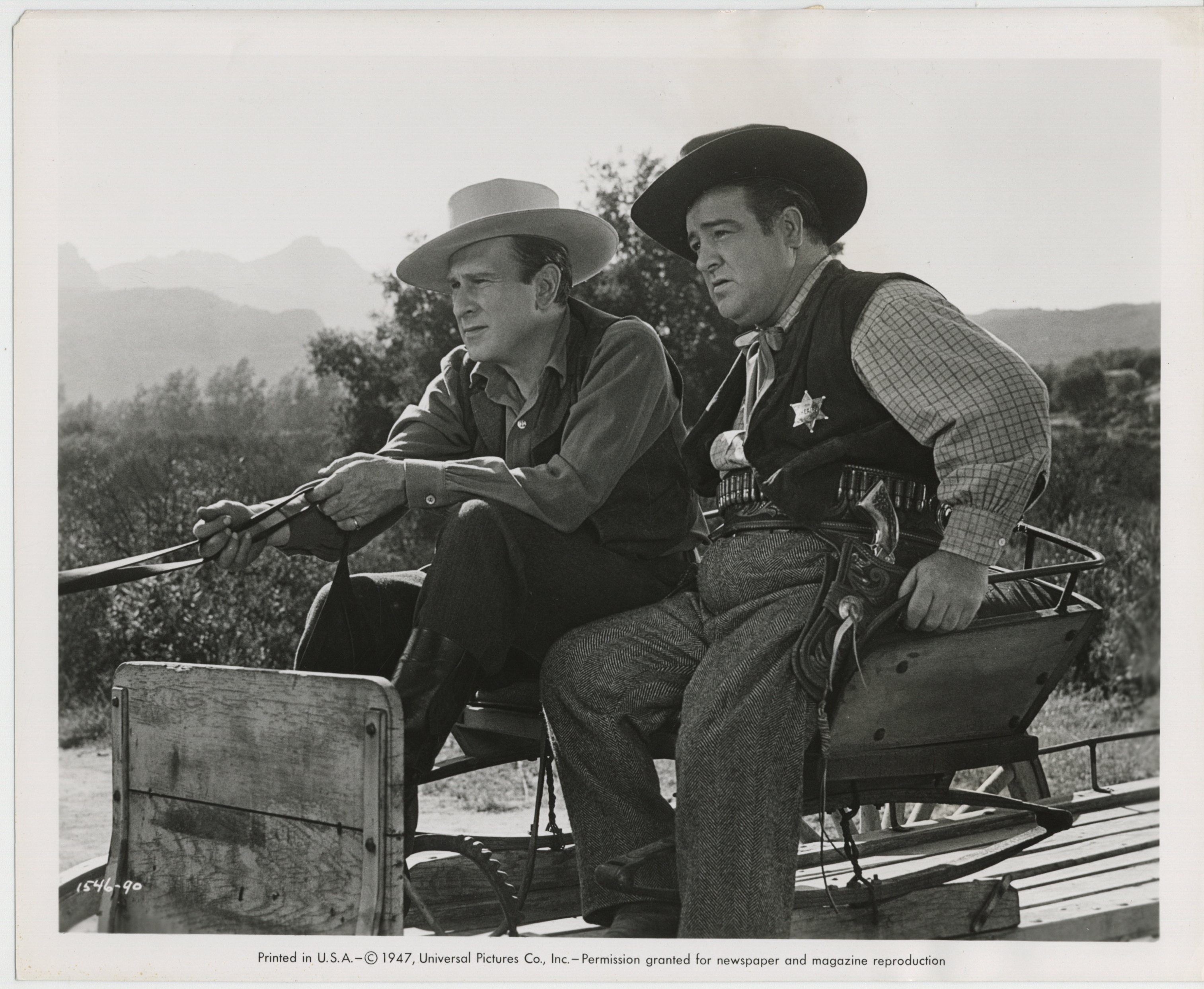 Bud Abbott and Lou Costello in The Wistful Widow of Wagon Gap (1947)
