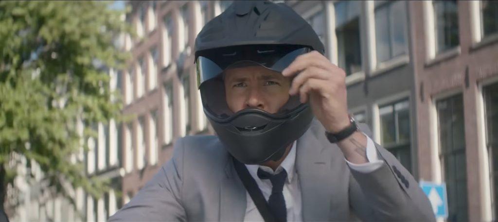 Ryan Reynolds in The Hitman's Bodyguard (2017)