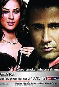 Özlem Conker and Emrah in Kinali kar (2002)