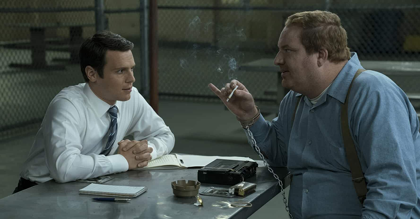 Happy Anderson and Jonathan Groff in Mindhunter (2017)