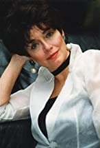 Kathleen Barr's primary photo