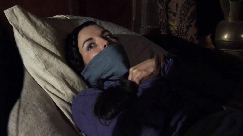 Lara Pulver in Robin Hood (2006)
