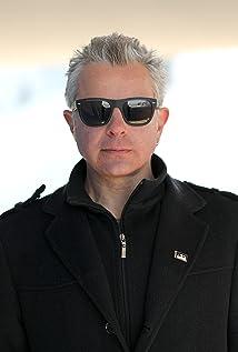 Igor Ivanov Izi Picture