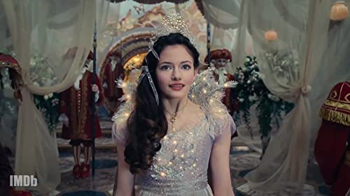 Mackenzie Foy of 'The Nutcracker and the Four Realms' Is Up for Any Stunt