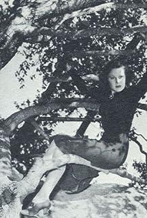 Gwen Gaze Picture