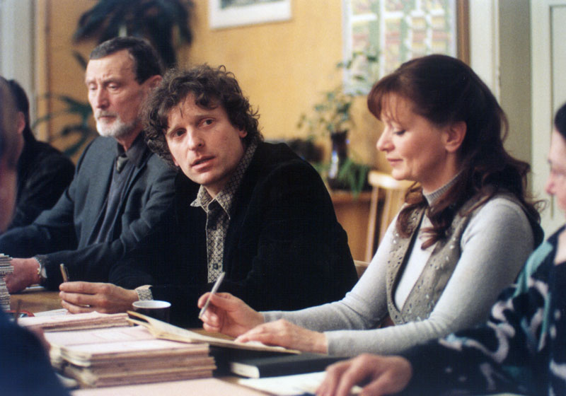 Ladislav Frej, Ljuba Krbová, and David Prachar in Stríbrná vune mrazu (2005)