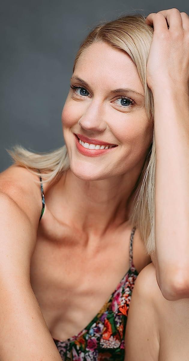 Nackt Claire Gordon  Claire Rankin