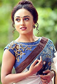 Primary photo for Pearle Maaney
