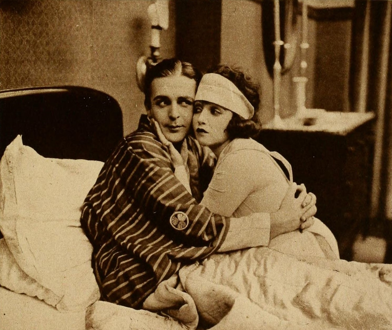 Bebe Daniels and Wallace Reid in Sick Abed (1920)