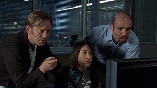 Films en regardant ipad The Oldest Virus, Peter Outerbridge, Rosemary Dunsmore [1080pixel] [BluRay] [WEB-DL]