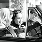 Nancy Olson and Allene Roberts in Union Station (1950)