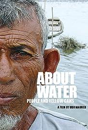 Über Wasser: Menschen und gelbe Kanister Poster