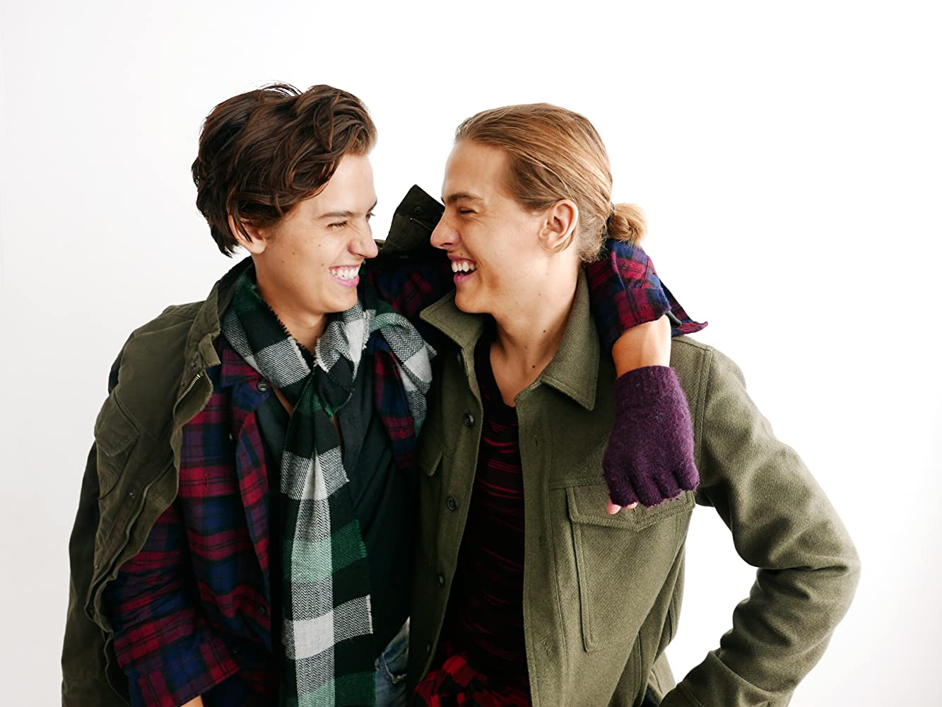 Dylan And Cole Sprouse Images