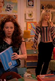 Kaley Cuoco and Amy Davidson in 8 Simple Rules... for Dating My Teenage Daughter (2002)
