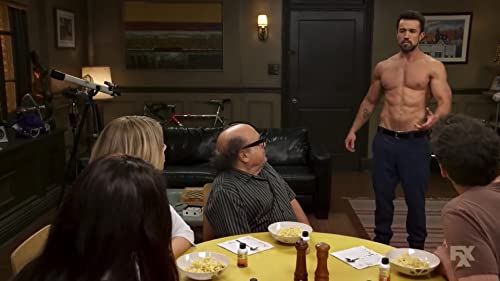 It's Always Sunny In Philadelphia: Mac's Cry For Help