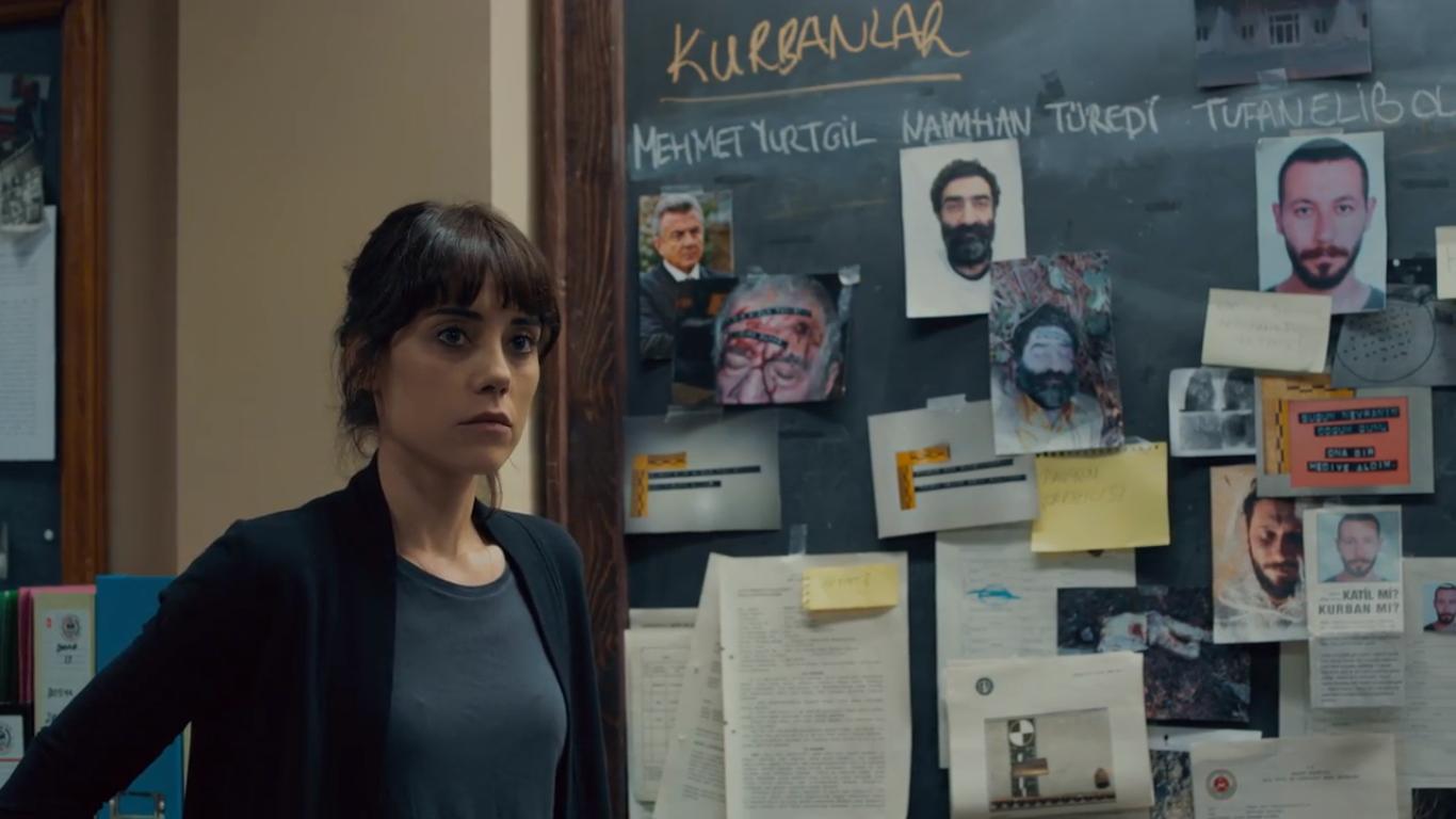 Cansu Dere in Sahsiyet (2018)