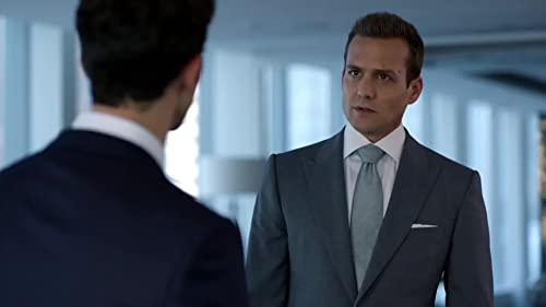Suits: David Fox Earns Harvey's Respect