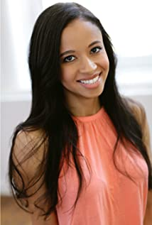 Alexa Adderley Picture
