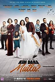 Ümit Erdim, Ecem Özkaya, Bengi Idil Uras, Serenay Aktas, Emre Kivilcim, and Hasan Denizyaran in Kim Daha Mutlu? (2019)