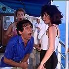 Makis Demiris, Teti Shinaki, and Anna Tsoni in Ahtypita... kamakia!! (1983)