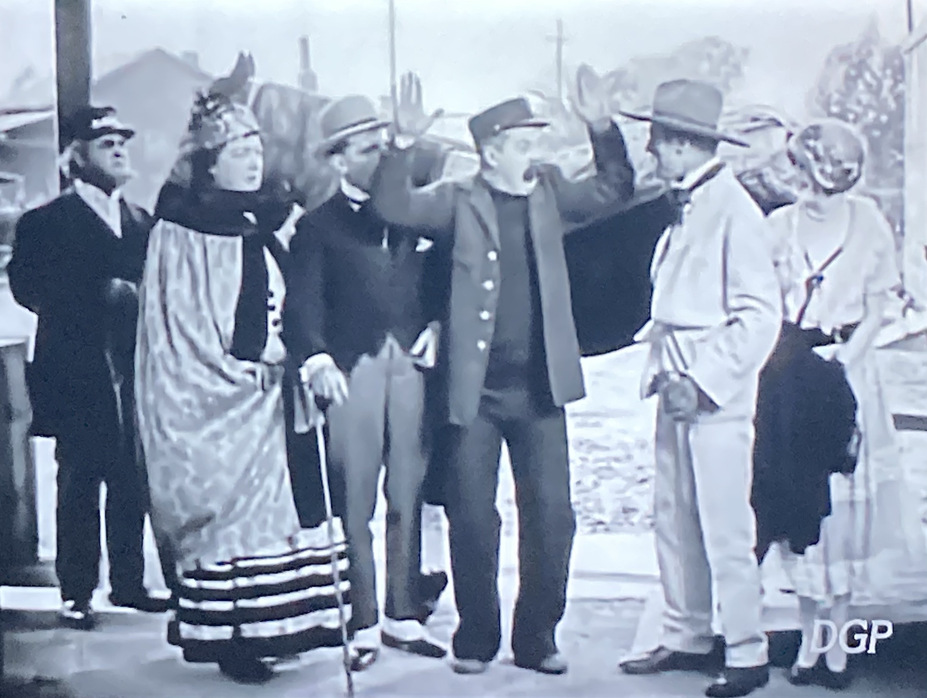 Billy Bevan, Andy Clyde, and Sunshine Hart in The Iron Nag (1925)