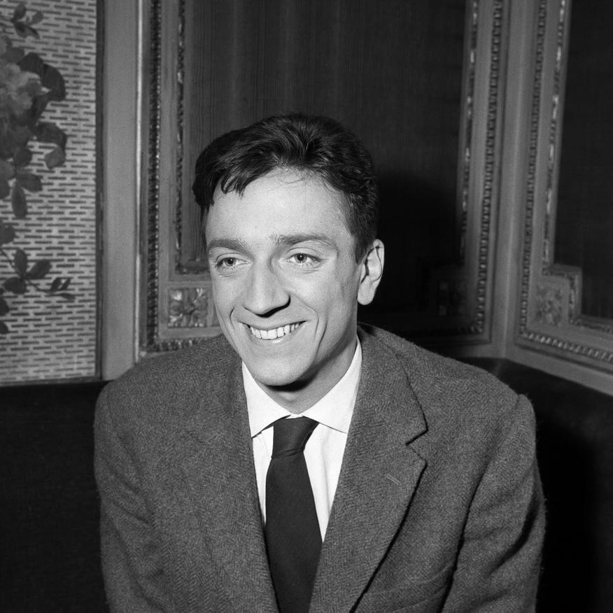 Jean-Pierre Cassel in Les cinq dernières minutes (1958)