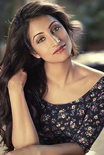 Melissa Raju Thomas Picture