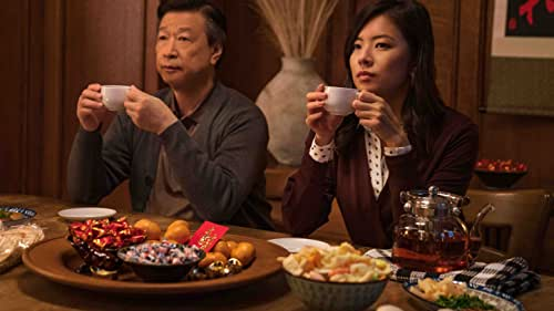 A Taiwanese factory worker leaves his homeland to seek opportunity in America, where he struggles to find connection while balancing family and newfound responsibilities.