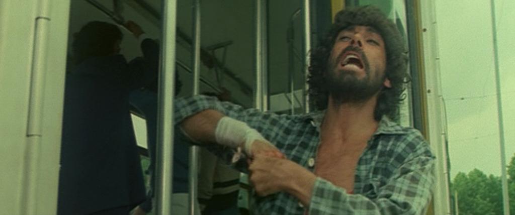 Tomas Milian in Il trucido e lo sbirro (1976)
