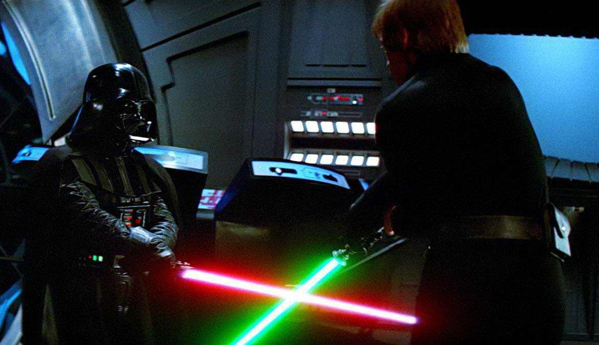Mark Hamill and David Prowse in Star Wars: Episode VI - Return of the Jedi (1983)