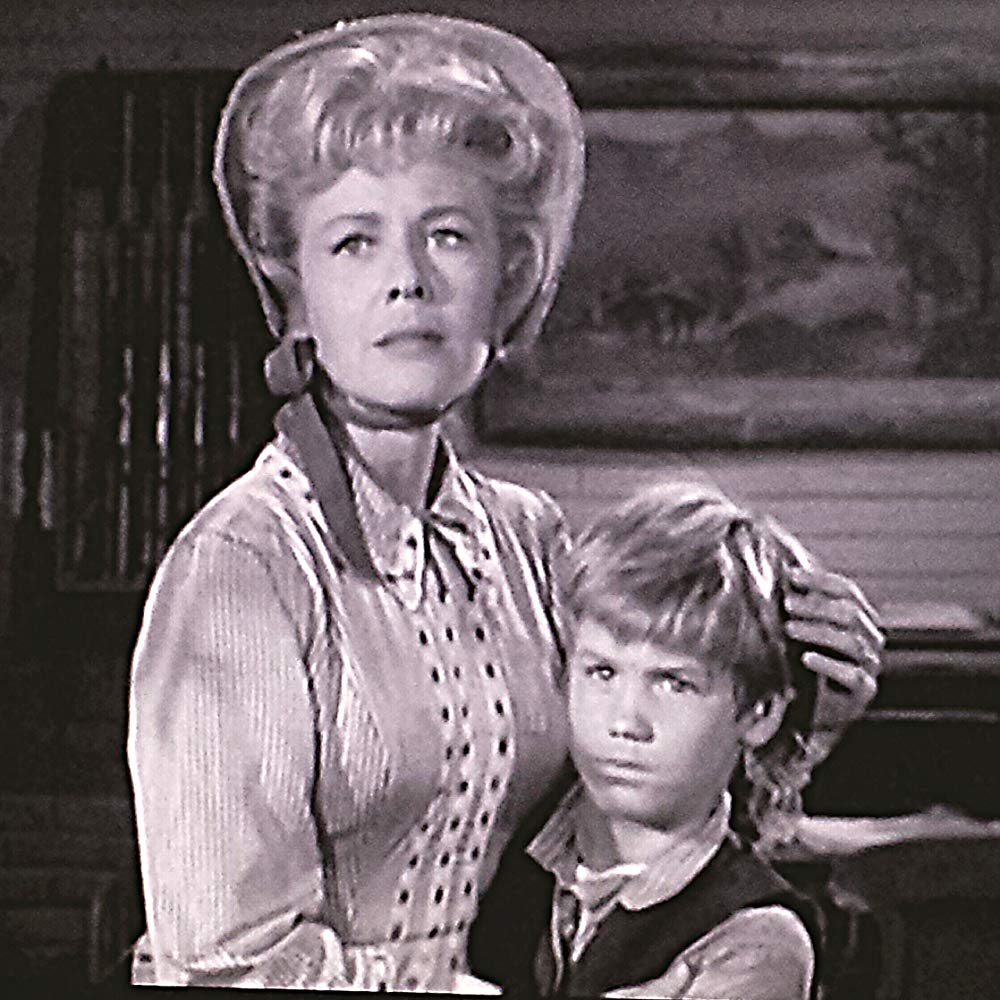 Still of Kevin Brodie and Randy Stuart in an episode of Cheyenne.