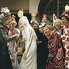 Erni Arneson, Birgitte Federspiel, Gerda Gilboe, Tove Maës, Berthe Qvistgaard, Elin Reimer, Ebbe Rode, and Kirsten Rolffes in Sidste akt (1987)