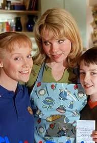 Matthew Beard, Sara Crowe, and Vicki Lee Taylor in Big Meg, Little Meg (2000)