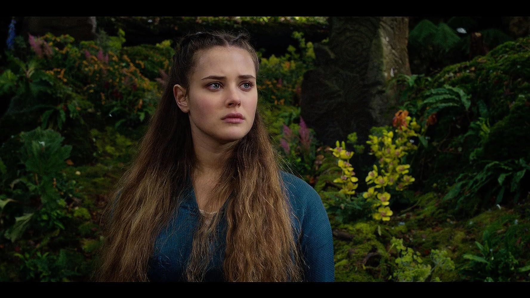 Katherine Langford átkozottul (2020)