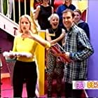 Malandra Burrows, Denise Van Outen, and Johnny Vaughan in The Big Breakfast (1992)