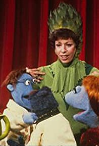 Primary photo for Carol Burnett