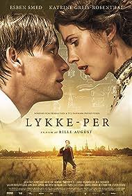 Esben Smed and Katrine Greis-Rosenthal in Lykke-Per (2018)