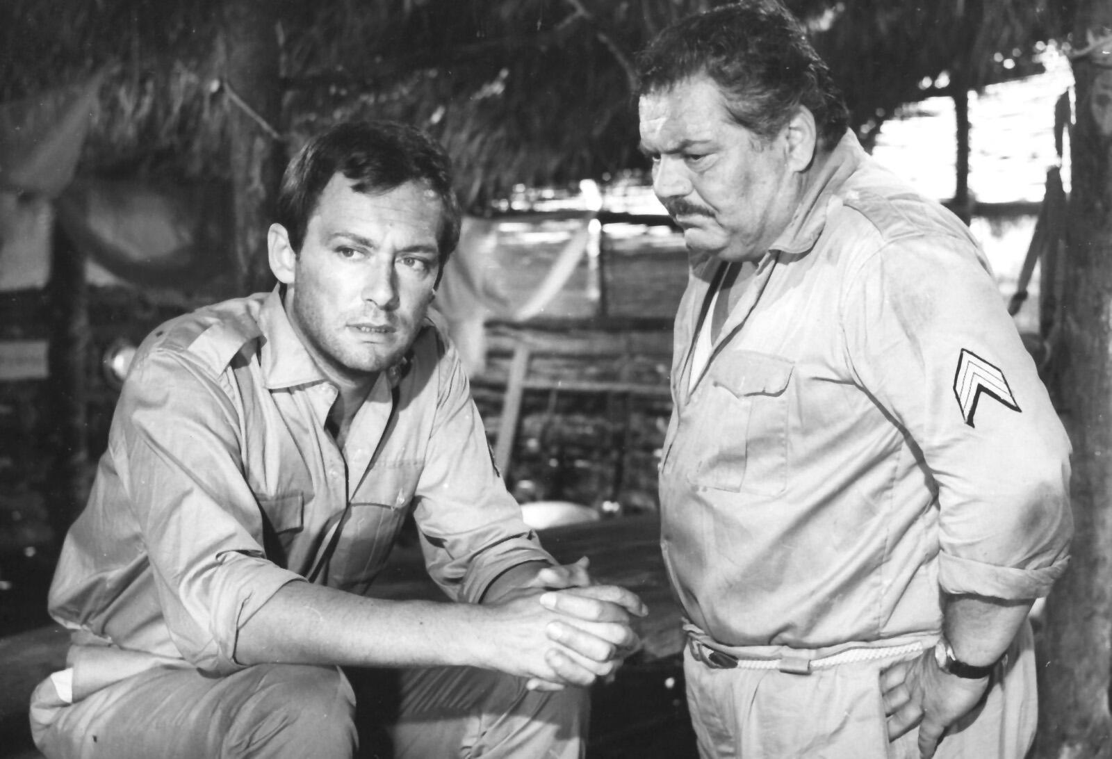 Folco Lulli and Maurice Ronet in Parias de la gloire (1964)