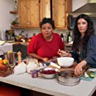 Aarti Sequeira in Selena + Chef (2020)