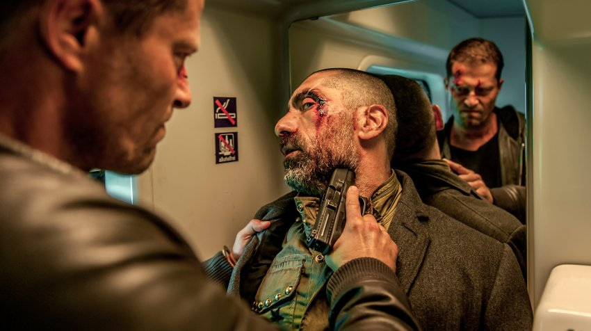 Til Schweiger and Erdal Yildiz in Tschiller: Off Duty (2016)