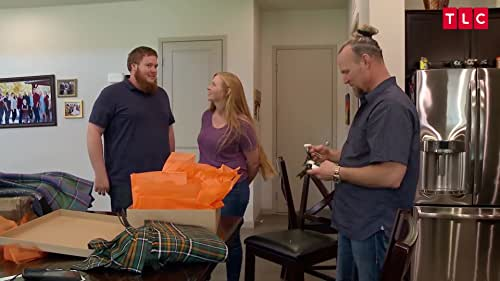SISTER WIVES: Divided We Move
