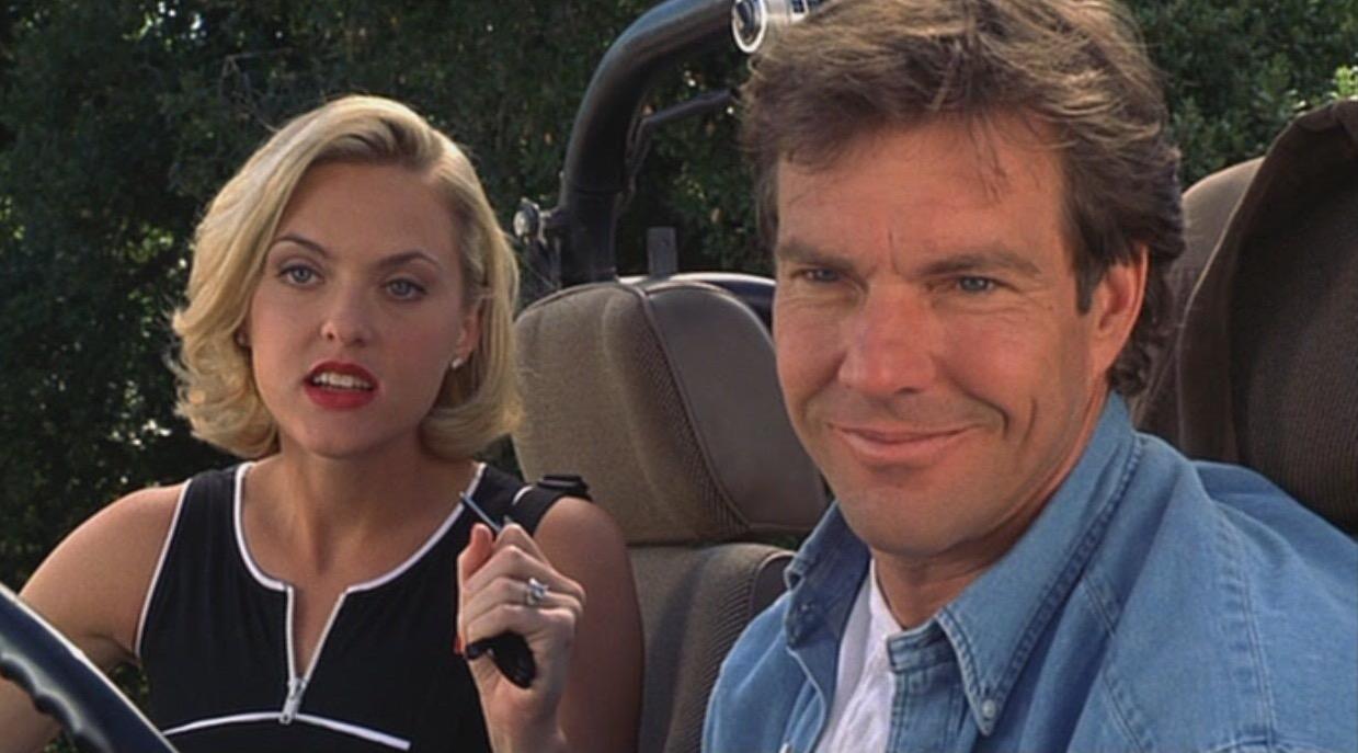 Dennis Quaid and Elaine Hendrix in The Parent Trap (1998)