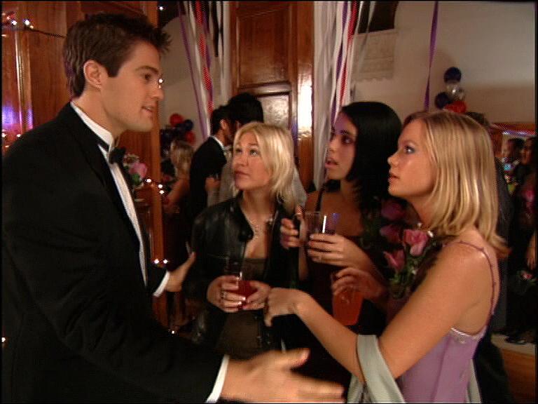Tina Barrett, Jo O'Meara, Hannah Spearritt, and Geoff Stults in L.A. 7 (2000)