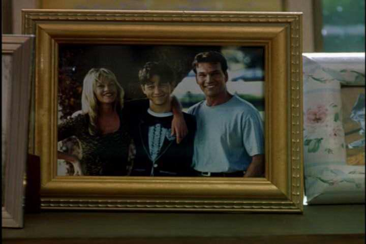 Melanie Griffith, Patrick Swayze, and Joseph Gordon-Levitt in Forever Lulu (2000)