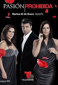 Rebecca Jones, Mónica Spear, and Jencarlos Canela in Pasión Prohibida (2013)