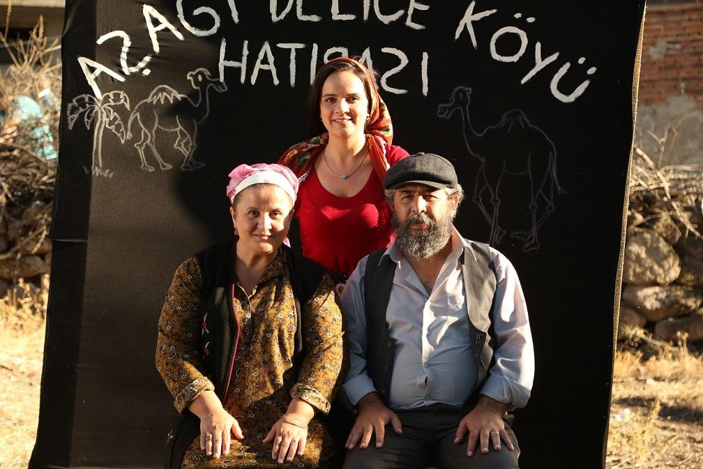 Mehmet Atay and Burcu Altin in Badem sekeri 3 (2017)