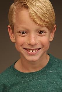 Evan Agos Picture