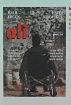 Ali/Sakin arkana bakma